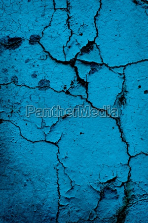 blau mauer knacken knallen betagt krachen