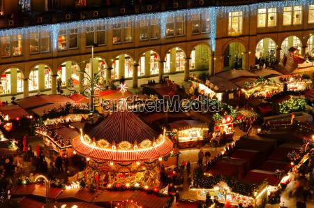 dresden weihnachtsmarkt dresden christmas market