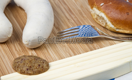 pretzels with weisswurst and mustard