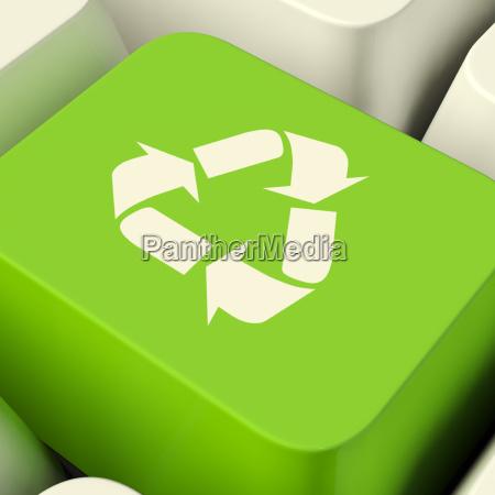 recycling computer key in gruen zeigen