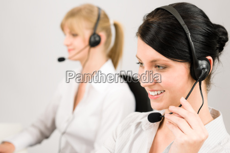 kundenservice frau call center telefon headset