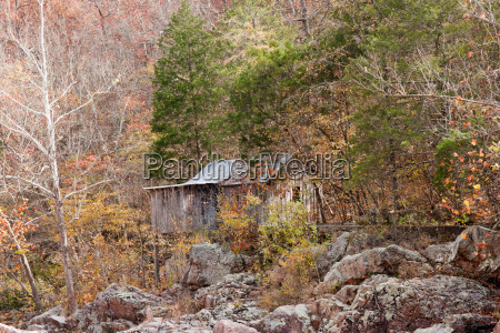 old settlers cabin in the forest