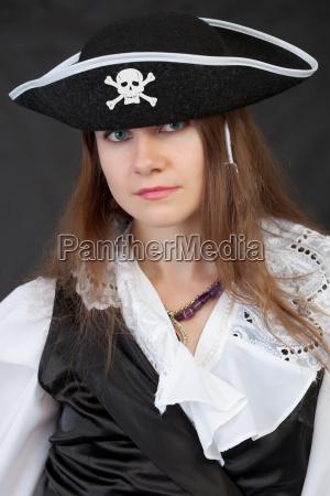 portrait des maedchens in der piraterie