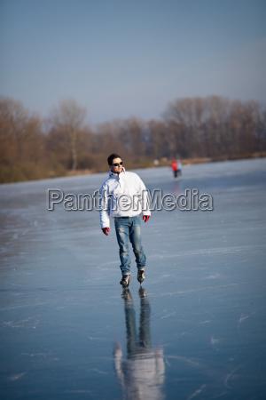 sport winter schnupfen erkaeltung katar katarrh