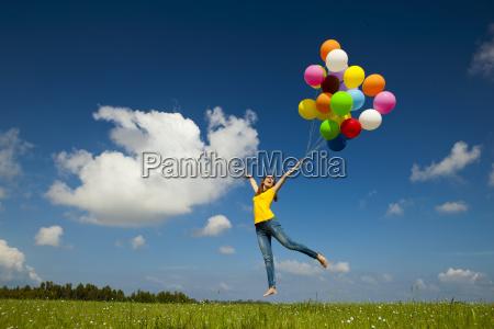 fliegen mit ballonen