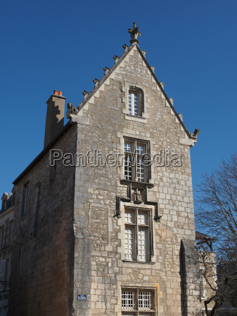old stone house poitiers france