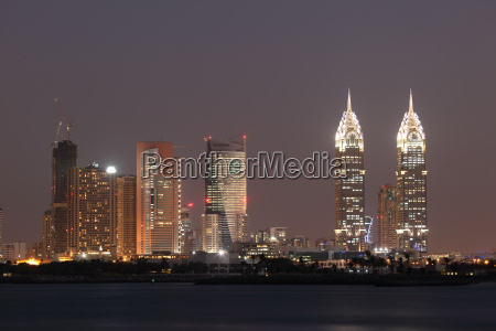 dubai media city at night united