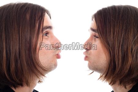 profil von mann der kuss gesicht