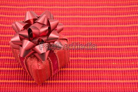 begruessung geschenk glueckwunsch festlich jahrestag gabe