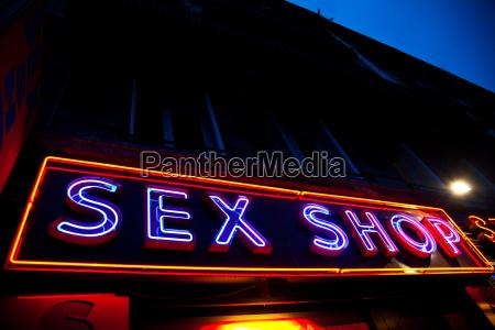 sexy shop eingang