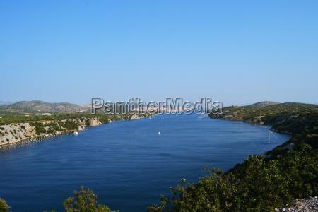 wunderschoene landschaft kroatisch