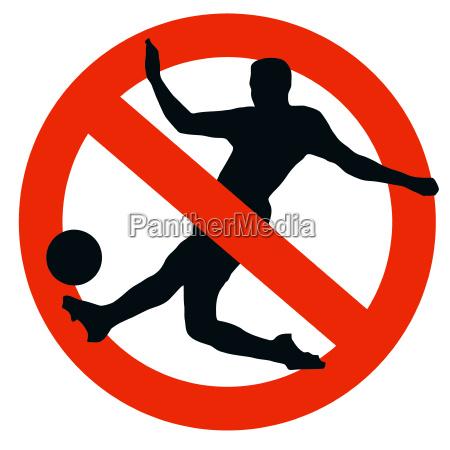 fussball spieler silhouette von verkehrsverbotszeichen