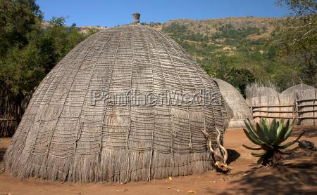 afrikanische grashuette