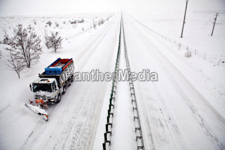 autobahn schneepflug