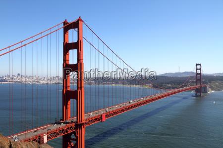 the golden gate bridge in san