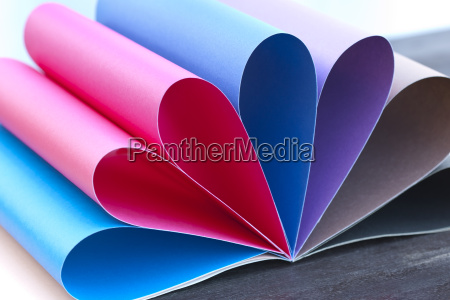 farbiger papierregenbogen