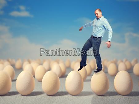 zu fuss auf den eiern