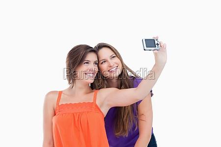 beamter teenager fotografiert sich selbst und