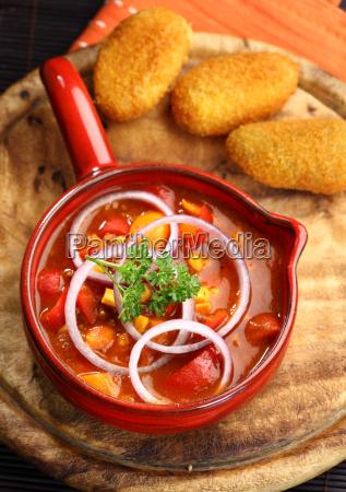 mexikanische kueche mit chili con carne