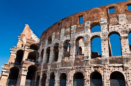 antike roemische amphitheater colloseum rom