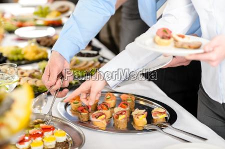 snacks buffet bei geschaeftsgesellschafterversammlung