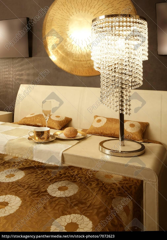 asiatische moderne schlafzimmer frühstück luxus tisch - Stockfoto ...