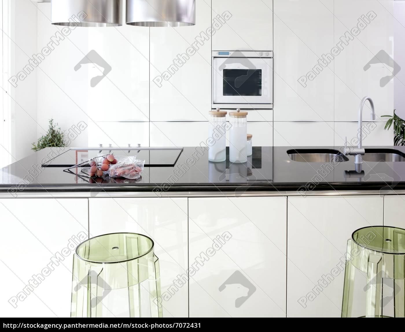 Stockfoto 7072431   Moderne Weiße Küche Saubere Innenarchitektur
