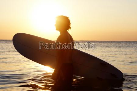 surfer im wasser