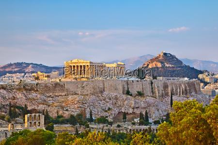 akropolis bei sonnenuntergang