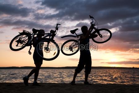 tragen fahrraeder
