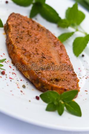 schnitzel schweineschnitzel nackensteak minutensteak grill roh