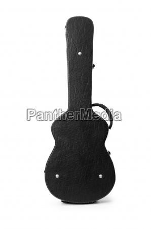 schwarze gitarre fall isoliert auf den
