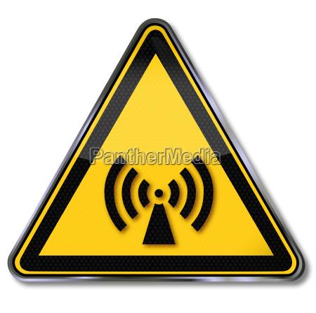 schild warnung vor ionisierend und elektromagnetische