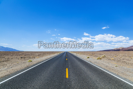 death valley road straight across the