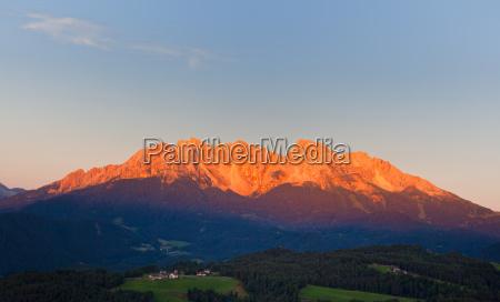 alpine glow at latemar