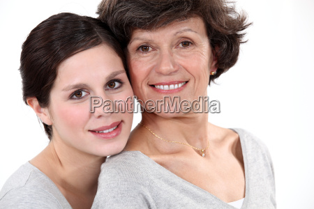 mother and daughter wearing matching clothes
