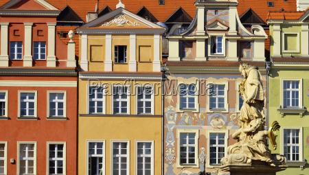 architektur von old market in poznan