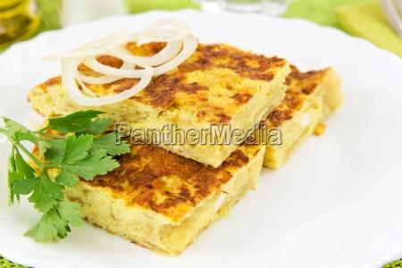 omelette mit zwiebeln