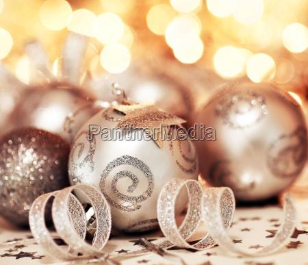 christbaumkugel ornament und sterne dekoration