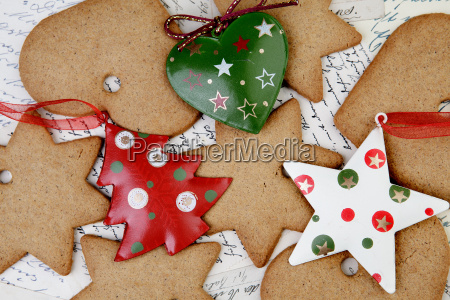 gingerbread with christmas decorations