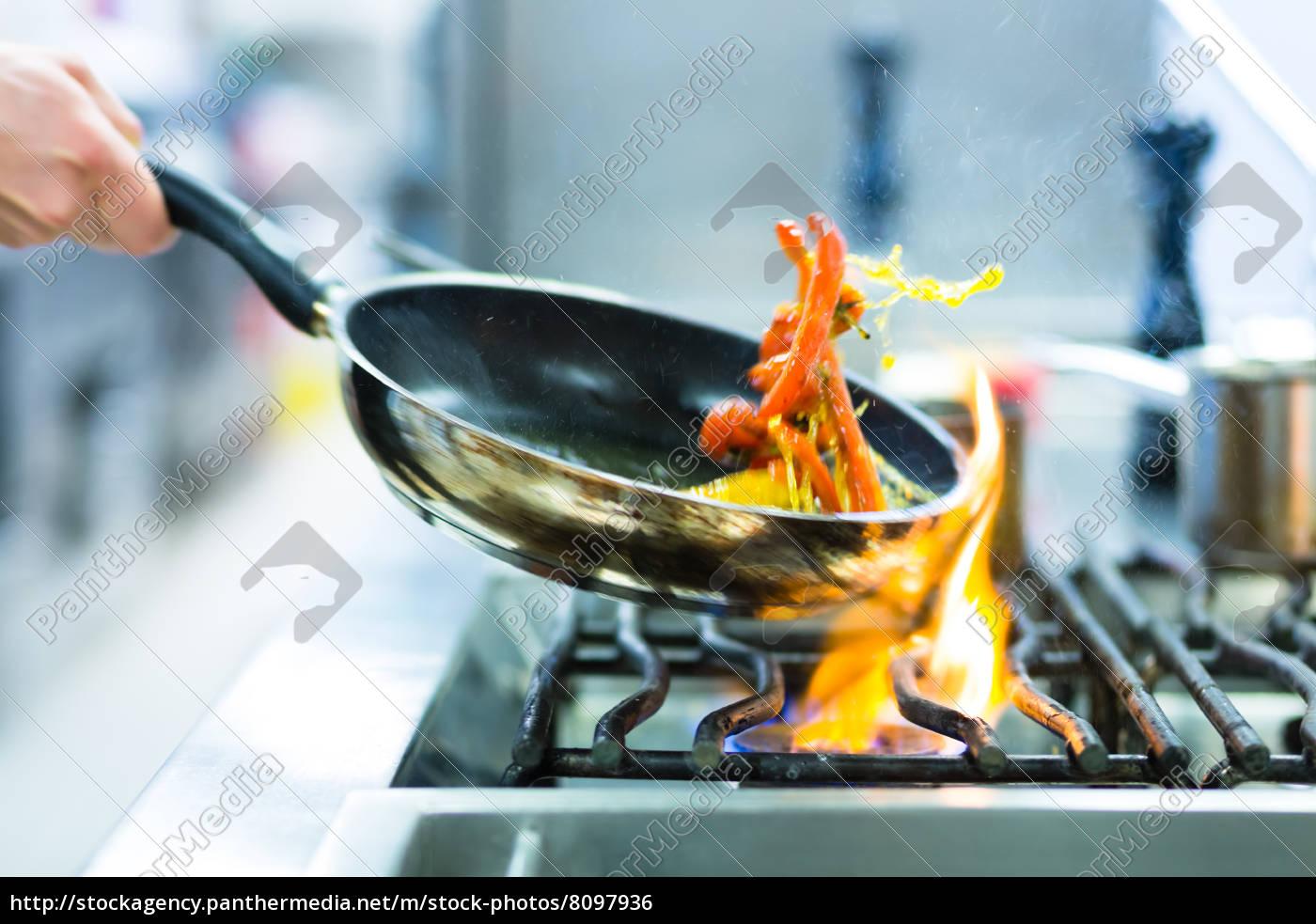 Charmant Italienischer Koch Küchendekor Fotos - Küche Set Ideen ...