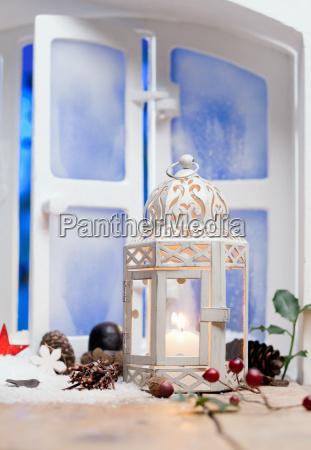 pretty white christmas lantern