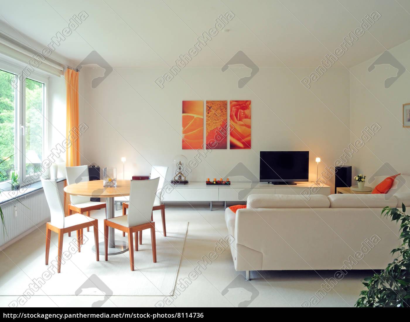 Liebenswert Weißes Wohnzimmer Galerie Von Lizenzfreies Foto 8114736 - Modernes Weißes