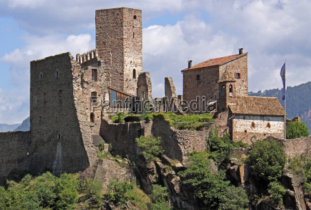 castle ruin hocheppan