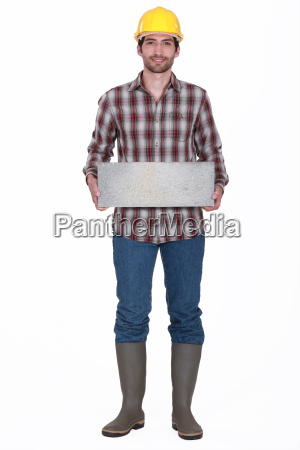 many carrying breeze block