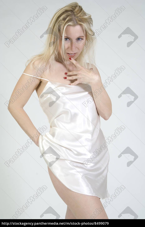 Blonde Dessous Bilder