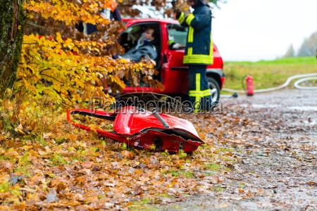 accident firemen rescue accident victims