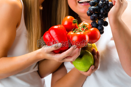 healthy diet women with fruits