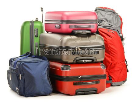 gepaeck bestehend aus grossen koffern rucksack