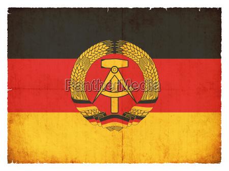 grunge flagge deutsche demokratische republik ddr